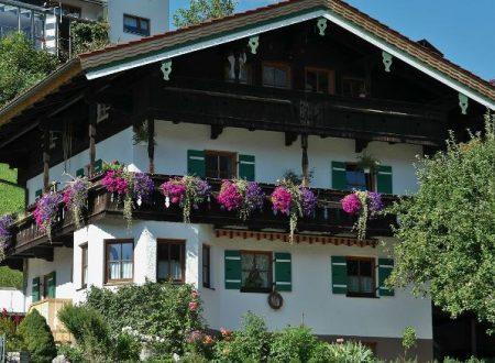 Balustrady balkonowe – ozdoba i bezpieczeństwo